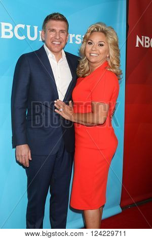 LOS ANGELES - APR 1:  Todd Chrisley, Julie Chrisley at the NBC Universal Summer Press Day 2016 at the Four Seasons Hotel on April 1, 2016 in Westlake Village, CA