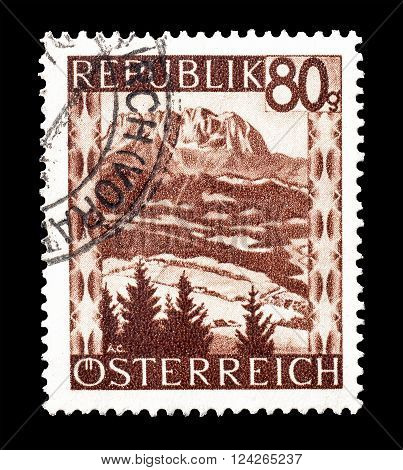 AUSTRIA - CIRCA 1946 : Cancelled postage stamp printed by Austria, that shows Kaiser mountains.