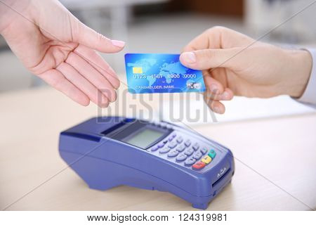 Payment operation with credit card and terminal