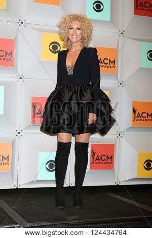 LAS VEGAS - APR 3:  Kimberly Schlapman at the 51st Academy of Country Music Awards at the MGM Grand Garden Arena on April 3, 2016 in Las Vegas, NV