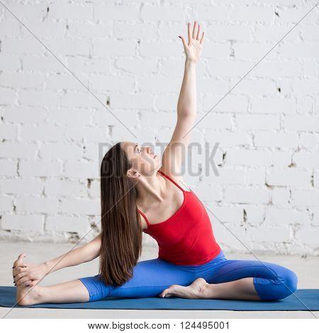 Yoga Indoors: Parivrrta Janu Sirsasana