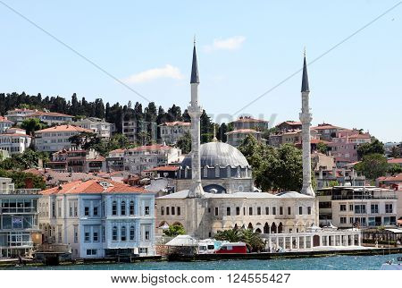 ISTANBUL, TURKEY - JULY 2, 2015: Hamid-i Evvel (Abdul Hamid I) Mosque (1778; also known as the Beylerbeyi Mosque) in Üsküdar municipality, Istanbul, on Bosphorus strait.