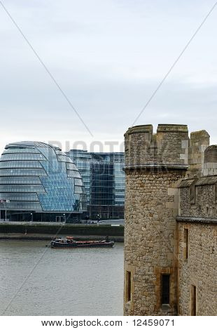 Old and new architecture of London