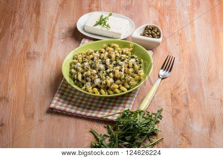 pasta with feta cheese arugula and capers