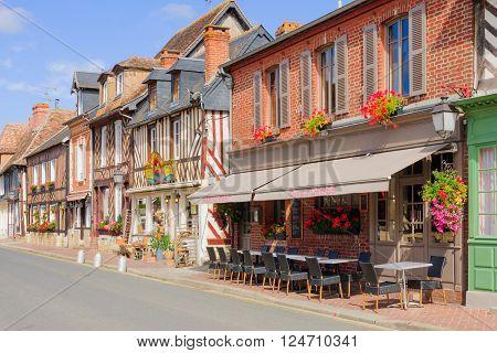 Houses In Beuvron-en-auge