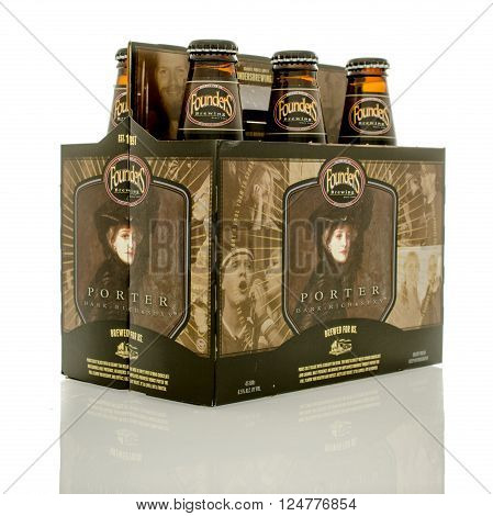 Winneconne WI - 1April 2016: A six pack of Founders brewing porter beer on an isolated background