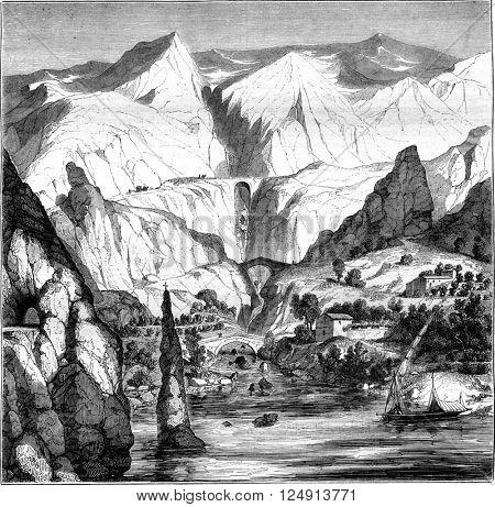La Corniche, Nice drive to Genoa, vintage engraved illustration. Magasin Pittoresque 1847.