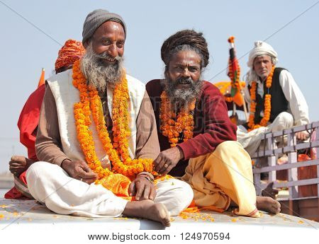 ALLAHABAD, INDIA - FEBRUARY 10, 2013: unidentified hindu pilgrims at the Maha Kumbh Mela Hindu religious festival