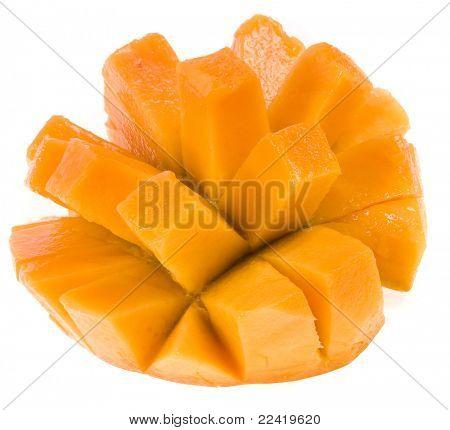 Mango fresco aislado en blanco