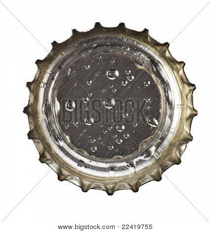 Bier-Kronkorken isoliert auf weißem Hintergrund