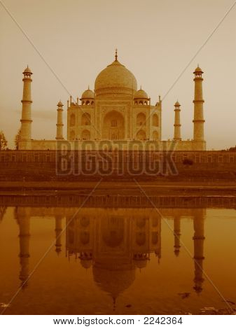 Reflection Of Taj Mahal On Yamuna