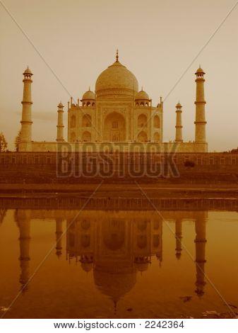 Reflection Of Taj Mahal On Yamuna