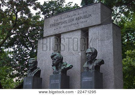 Errichtung Der Republik Memorial