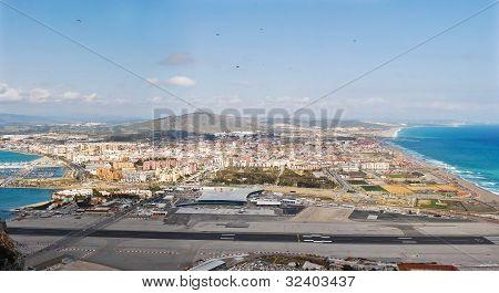 Bay of Gibraltar - Airport