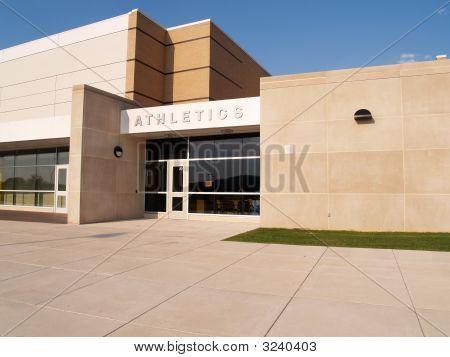 Entrada de Atletismo exterior para uma escola