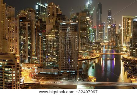 Dubai  Marina  in the night time