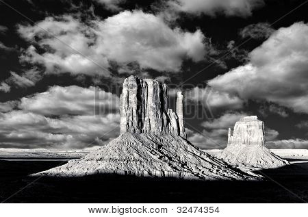 Monument Valley Arizona, The Red Rock Buttes, Also Called Mittens, Done In Black And White