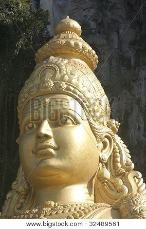 Statue at Batu cave