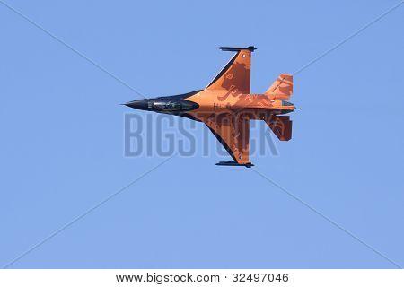 Holandés solo equipo F-16 de la exhibición