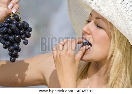 Summertime Grapes
