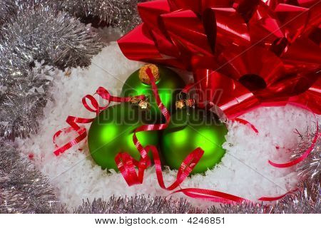 Green Xmas Ornaments With Red Bow