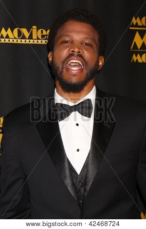 LOS ANGELES - FEB 15:  Sharif Atkins arrives at the 2013 MovieGuide Awards at the Universal Hilton Hotel on February 15, 2013 in Los Angeles, CA