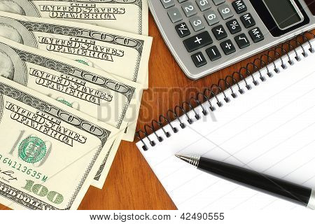 Money calculator notepad and pen