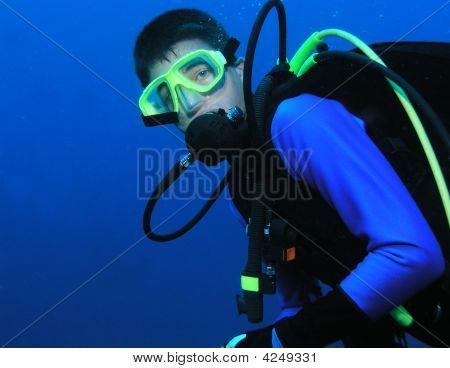 Male Scuba Diver In Full Gear