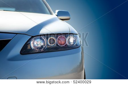 Carro moderno azul Closeup