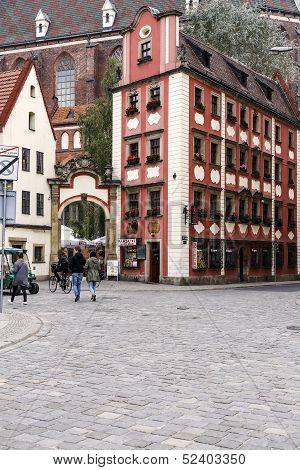 Tenements Jas I Malgosia In Wroclaw