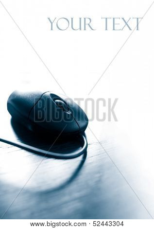 mouse in duo tone