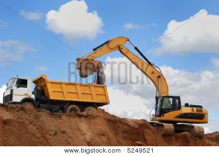 Excavator And Rear-end Tipper