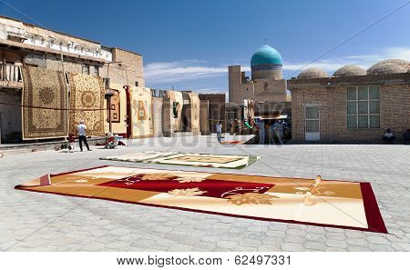 Bukhara, Uzbekistan, 16Th Of July 2013 - Carpet Market In Bukhara - This Bazar Is One Of The Best Ma