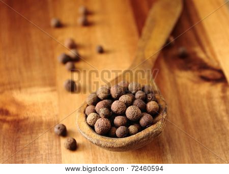 Wooden spoon with allspice