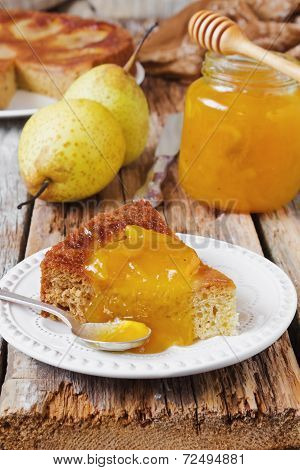 Cake With Pear Jam