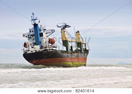 recatando the ship aground