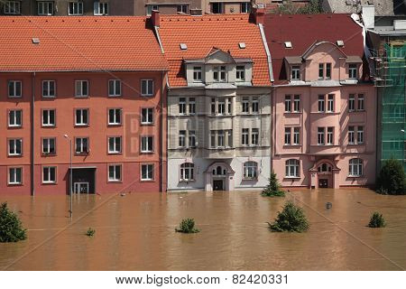 USTI NAD LABEM, CZECH REPUBLIC - JUNE 5, 2013: Dwelling buildings flooded by the swollen Elbe River in Usti nad Labem, Northern Bohemia, Czech Republic, on June 5, 2013.