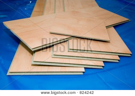 DIY project: laminate floor planks (unused and cut)
