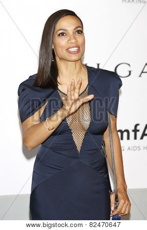 CAP D'ANTIBES - MAY 22: Rosario Dawson at the amfAR's 21st Cinema Against AIDS Gala at Hotel du Cap-Eden-Roc on May 22, 2014 in Cap d'Antibes, France