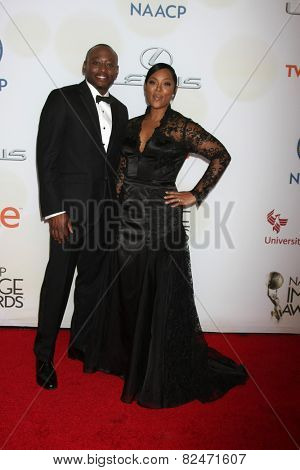 LOS ANGELES - FEB 6:  Omar Epps at the 46th NAACP Image Awards Arrivals at a Pasadena Convention Center on February 6, 2015 in Pasadena, CA