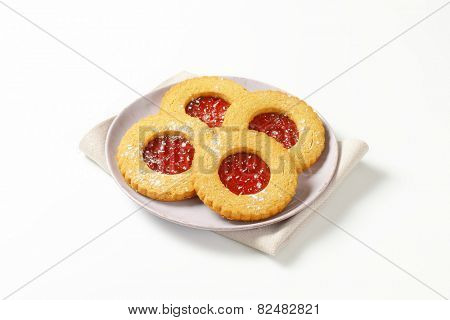 Linzer cookies - traditional Austrian Christmas cookies