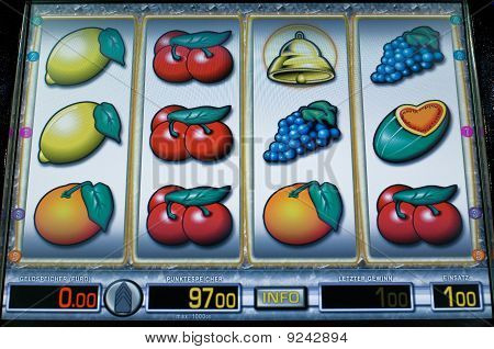 Display of a fruit machine