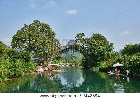 Guangxi, China - September 29 , 2014 : Yulong river between Guilin and Yangshuo in Guangxi province  China