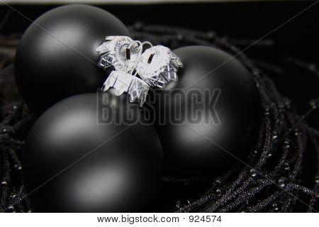Black  Xmas Balls