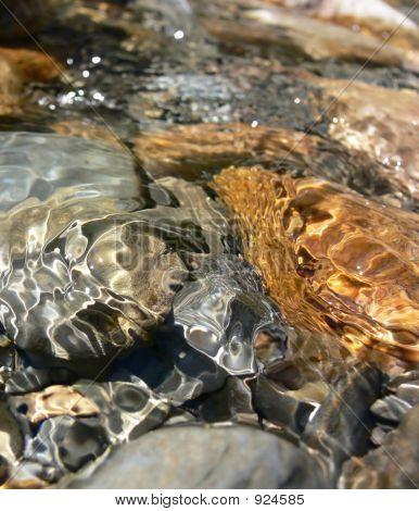 Water Rocks 4