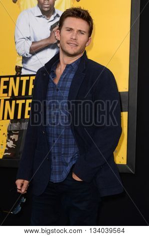 LOS ANGELES - JUN 10:  Scott Eastwood at the Central Intelligence Los Angeles Premiere at the Village Theater on June 10, 2016 in Westwood, CA
