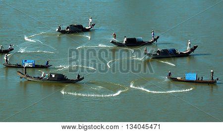 HUE, VIETNAM, March 15, 2016 fishermen groups, Tam Giang, Hue, fishing on the river Huong