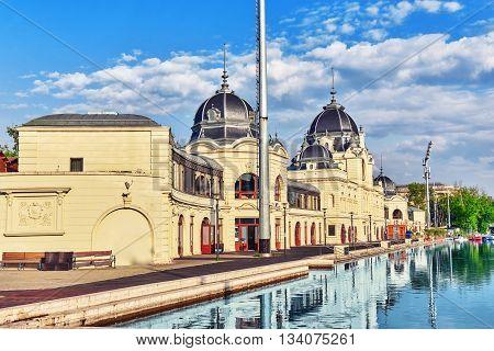 Boat Dock Near Vajdahunyad Castle (hungarian-vajdahunyad Vara) With Lake Reflection. Budapest, Hunga