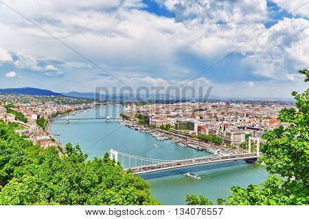 Panorama View On Elisabeth Bridge And Budapest,bridge Connecting Buda And Pest Across The River Danu