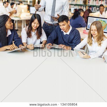Student Classmate Friends Understanding Study Concept